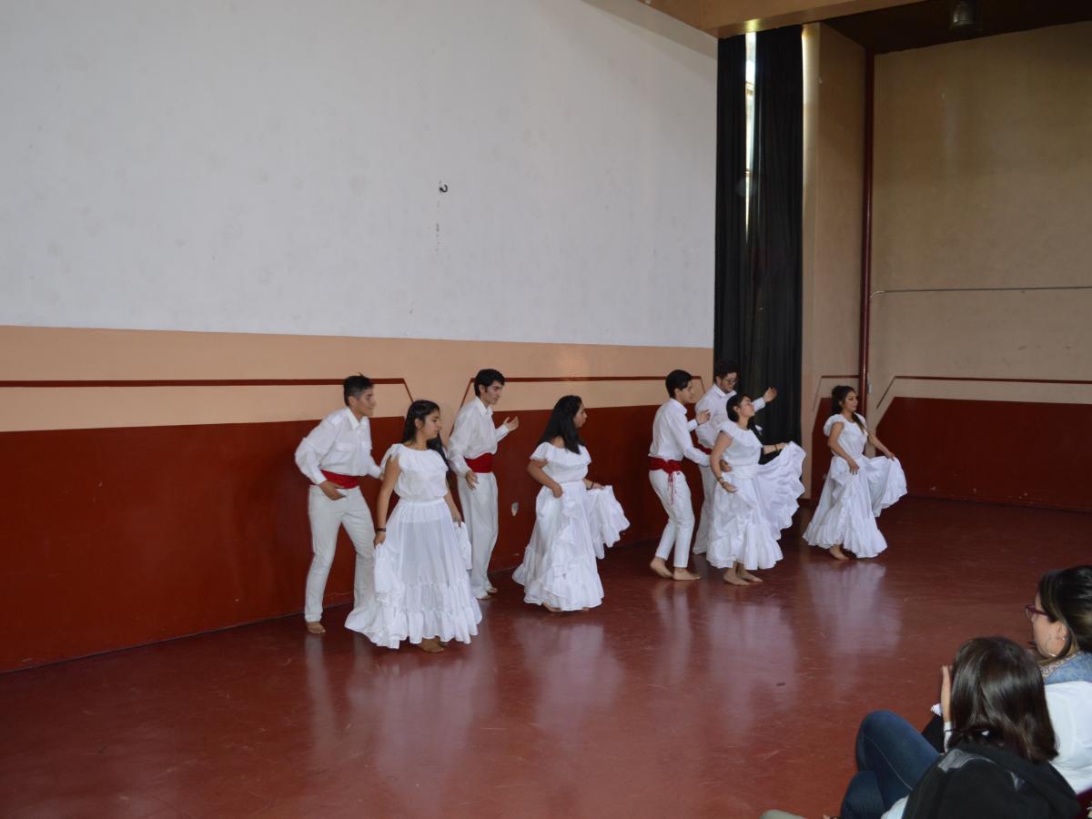 Presentación 2018 danza latinoamericana 3