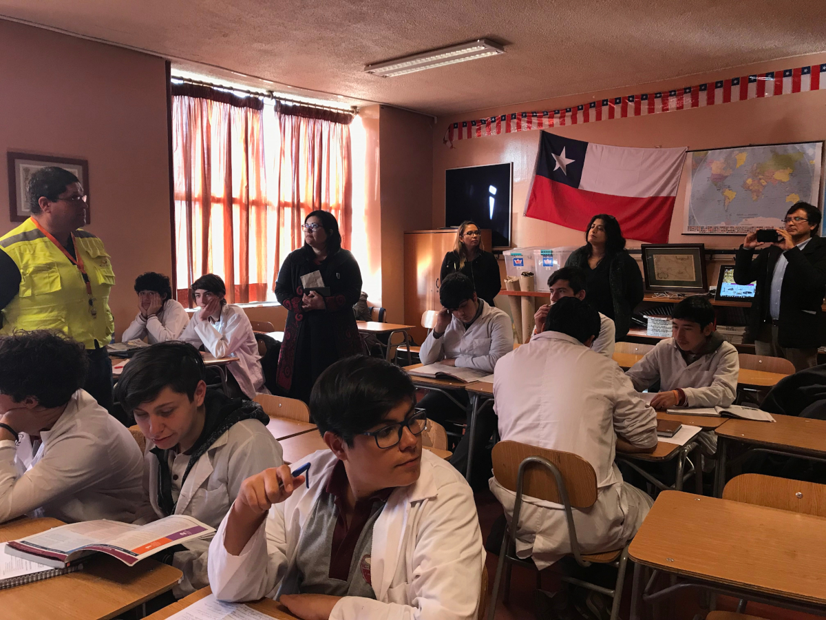 Fundación Educacional Kronos y Nirvana realizaron visita a las dependencias del CEAT 1